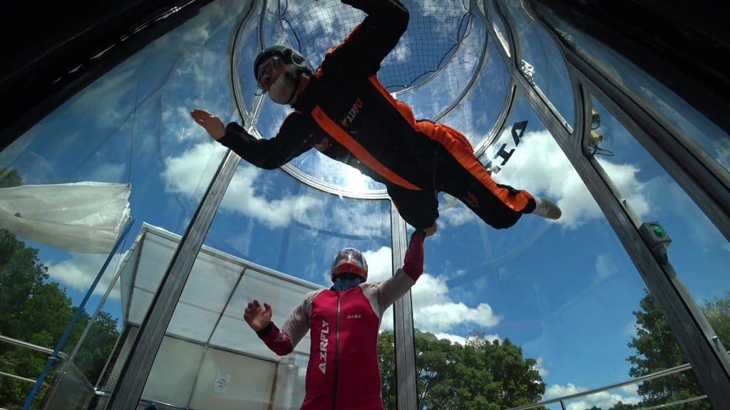 Un simulateur de chute libre, pour faire le plein de sensations, aux portes de Caen simulateur de chute libre dans le Calvados.